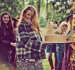 blake_lively_baby_shower_miniaturka2