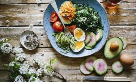 Czego nie wolno jeść w ciąży, a co nie jest wskazane?