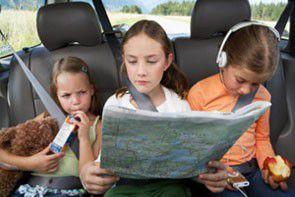 Nowe przepisy drogowe dotyczących przewożenia dzieci w aucie