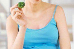 Jesteś w ciąży lub chcesz zostać mamą? Wzbogać swoją dietę o brokuły