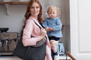 Praktyczna i pojemna torba dla mamy