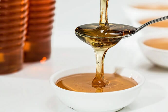 Miód – złoty lek czy szkodliwy smakołyk? Sprawdź jaka jest prawda!