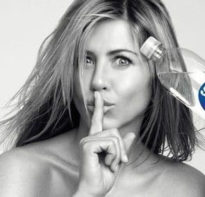 Jennifer Aniston w reklamie Smart Water