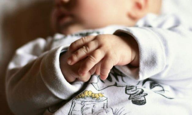 Gorączka u dziecka – choć powszechna, może być groźna