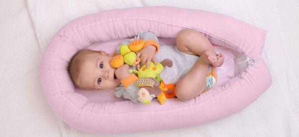 Pierwsza podróż z niemowlakiem. Co ze sobą zabrać?