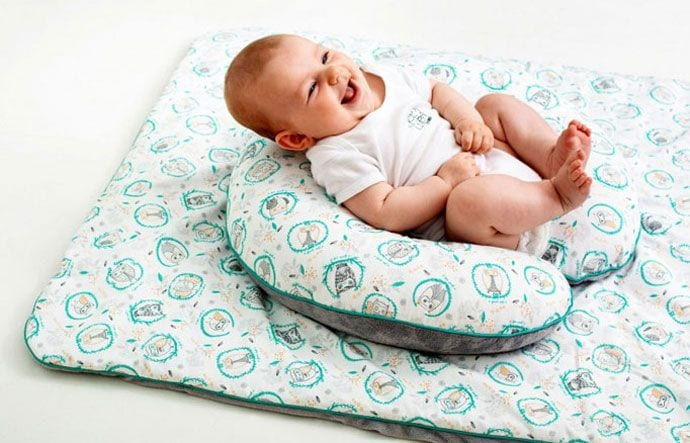 Poduszka do karmienia – wsparcie dla mamy i dziecka