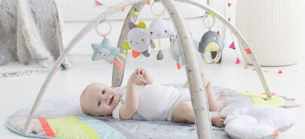 Mata edukacyjna dla niemowlaka - jak wybrać najlepszą?