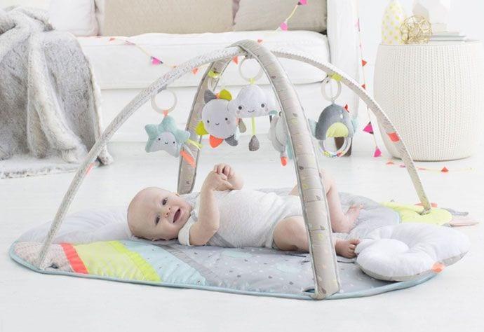 Mata edukacyjna dla niemowlaka – jak wybrać najlepszą?