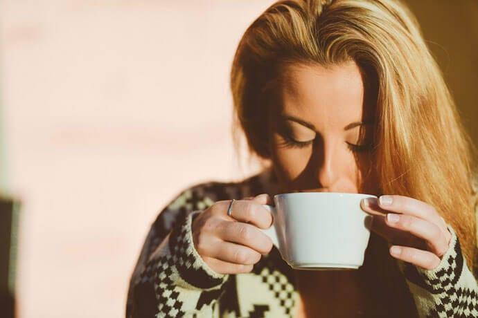 Kawa zbożowa – aromatyczny zamiennik małej czarnej