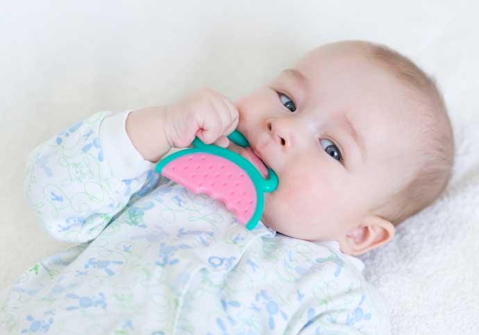 Niezbędnik rodzica – ząbkowanie