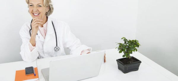Podwyższona prolaktyna u kobiety - o czym może świadczyć?