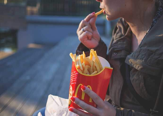Ciąża i fast food – to się wyklucza