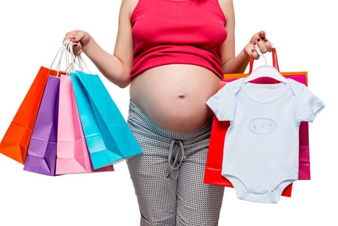 Jak nie dać się zwariować, kompletując wyprawkę dla noworodka