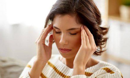 Zawroty głowy i omdlenia na początku ciąży – czy świadczą o czymś groźnym?