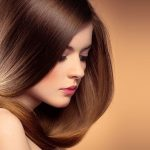 Jak zmienią się Twoje włosy w trakcie ciąży? Obalamy mity!