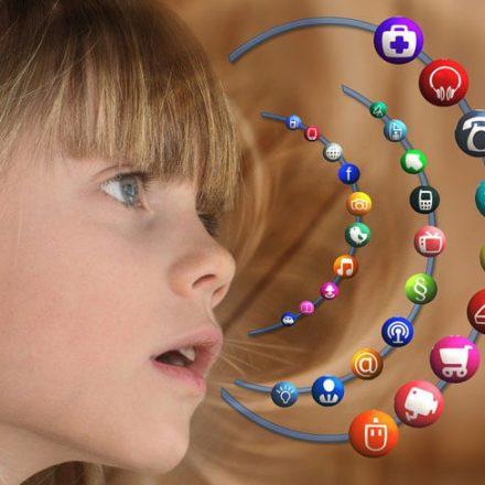 """Kampania edukacyjno-informacyjna """"Nie zagub dziecka w sieci"""""""