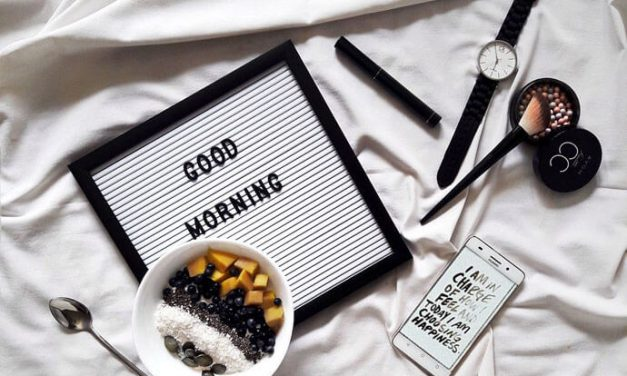 Kosmetyczka minimalistki – wprowadź te zmiany w nowym roku!