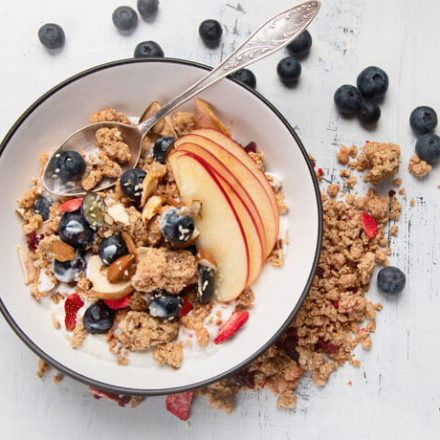 Co zdrowego na śniadanie? Granola!