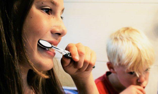 Mycie zębów to świetna zabawa. Przekonaj o tym swoje dziecko z aplikacją TH WASH!