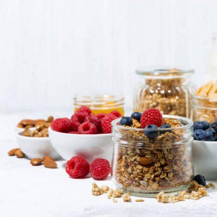 Jakie płatki wybrać, aby przygotować zdrowe i pożywne śniadanie?
